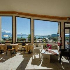 Hotel Belvedere Манерба-дель-Гарда гостиничный бар