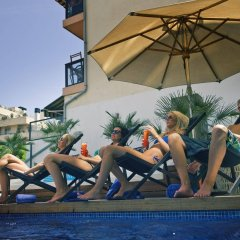 Hotel Feliz фитнесс-зал