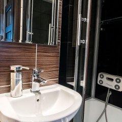 Отель Downtown Apartments Польша, Варшава - отзывы, цены и фото номеров - забронировать отель Downtown Apartments онлайн ванная