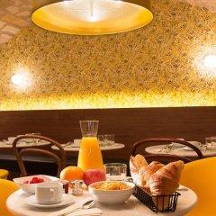 Отель Josephine By Happyculture Париж в номере фото 2