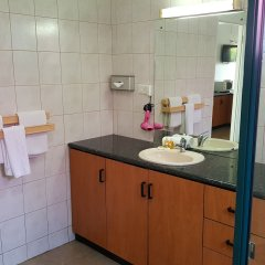 Отель Hexagon International Hotel Фиджи, Вити-Леву - отзывы, цены и фото номеров - забронировать отель Hexagon International Hotel онлайн ванная