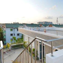 Отель Le Vieux Nice Inn Мальдивы, Северный атолл Мале - отзывы, цены и фото номеров - забронировать отель Le Vieux Nice Inn онлайн балкон