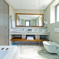 Отель Ramada Resort Bodrum ванная