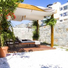 Отель Liiiving in Porto - Central Garden Flat Порту