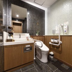Отель Anshin Oyado Premier Shinbashi Shiodome ванная