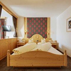 Отель Alpenhotel Laurin Австрия, Хохгургль - отзывы, цены и фото номеров - забронировать отель Alpenhotel Laurin онлайн комната для гостей фото 5