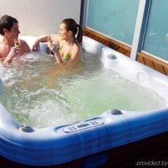Отель Jurys Inn Brighton Waterfront бассейн