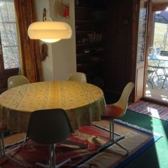 Апартаменты Schönried - cozy Swiss typical Apartment в номере