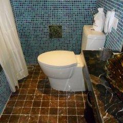 Golden Lotus Luxury Hotel ванная
