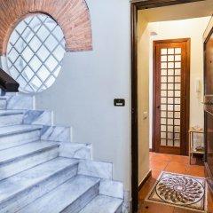 Отель Cozy flat near Colosseum Рим комната для гостей