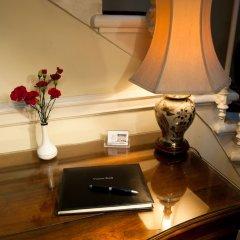 Отель The Ben Doran Эдинбург сейф в номере