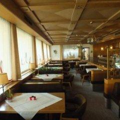 Отель Pension Lahn Парчинес гостиничный бар