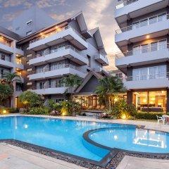 Отель The Holiday Resort бассейн фото 2
