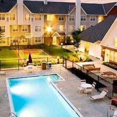 Отель Residence Inn Columbus Easton США, Колумбус - отзывы, цены и фото номеров - забронировать отель Residence Inn Columbus Easton онлайн бассейн фото 2