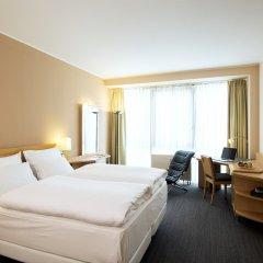 Отель NH Düsseldorf City комната для гостей
