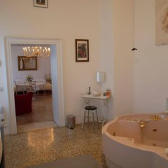 Отель B&B Giardino Jappelli (Villa Ca' Minotto) Италия, Роза - отзывы, цены и фото номеров - забронировать отель B&B Giardino Jappelli (Villa Ca' Minotto) онлайн спа