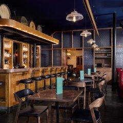 Отель The Distillery Великобритания, Лондон - отзывы, цены и фото номеров - забронировать отель The Distillery онлайн гостиничный бар