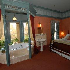 Отель Humboldt House Bed & Breakfast Канада, Виктория - отзывы, цены и фото номеров - забронировать отель Humboldt House Bed & Breakfast онлайн комната для гостей фото 2