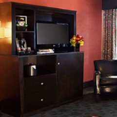 Отель Golden Gate Casino Hotel США, Лас-Вегас - 2 отзыва об отеле, цены и фото номеров - забронировать отель Golden Gate Casino Hotel онлайн удобства в номере фото 2