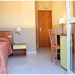 Отель Iside Италия, Помпеи - отзывы, цены и фото номеров - забронировать отель Iside онлайн комната для гостей фото 2