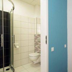 Отель Traffic Польша, Познань - отзывы, цены и фото номеров - забронировать отель Traffic онлайн ванная фото 2