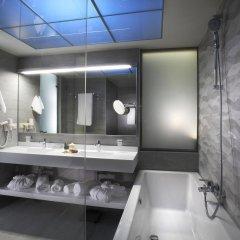 Blue Dolphin Hotel ванная