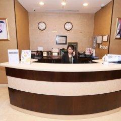 Отель Al Hamra Hotel ОАЭ, Шарджа - отзывы, цены и фото номеров - забронировать отель Al Hamra Hotel онлайн интерьер отеля фото 2