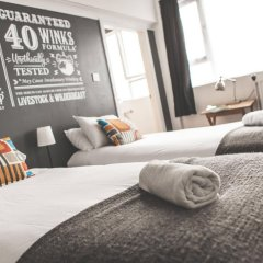 Отель Hatters Hostel Liverpool Великобритания, Ливерпуль - отзывы, цены и фото номеров - забронировать отель Hatters Hostel Liverpool онлайн бассейн