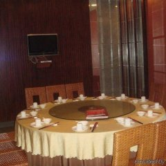 Dongguan Designer Hotel питание