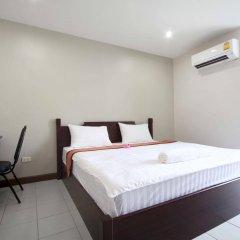 Отель Paragon One Residence Бангкок сейф в номере