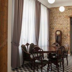 Отель Sherlock Art Hotel Латвия, Рига - отзывы, цены и фото номеров - забронировать отель Sherlock Art Hotel онлайн удобства в номере фото 2