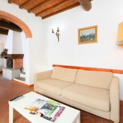 Отель Locazione Turistica Podere Berrettino.1 Реггелло комната для гостей фото 2