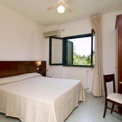 Отель Relais le Magnolie Казаль-Велино комната для гостей