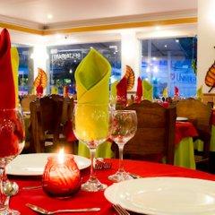 Отель Sol Caribe Sea Flower Колумбия, Сан-Андрес - отзывы, цены и фото номеров - забронировать отель Sol Caribe Sea Flower онлайн бассейн фото 2