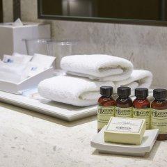 Отель Aloft Seoul Myeongdong ванная