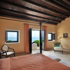 Отель Falconara Charming House & Resort Бутера сейф в номере