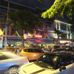Отель The Raya Surawong Bangkok Бангкок парковка