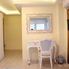 Yali Otel Турция, Чешмели - отзывы, цены и фото номеров - забронировать отель Yali Otel онлайн удобства в номере