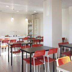 Отель Vertice Roomspace Мадрид питание фото 3