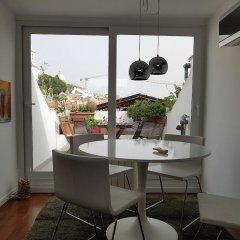 Апартаменты Stylish Lisbon Apartment in Alfama балкон