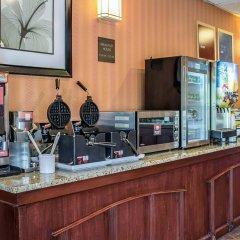 Отель Comfort Inn North Conference Center питание фото 2