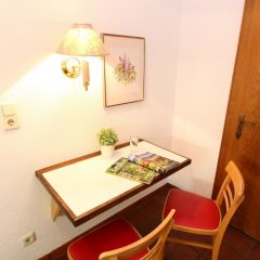 Отель CheckVienna Edelhof Apartments Австрия, Вена - 1 отзыв об отеле, цены и фото номеров - забронировать отель CheckVienna Edelhof Apartments онлайн удобства в номере фото 3