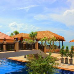 Отель Peace Paradise Beach бассейн
