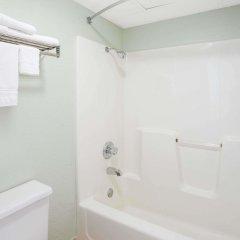 Отель Days Inn Harrison ванная
