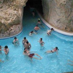 Отель Flóra Panzió Венгрия, Силвашварад - отзывы, цены и фото номеров - забронировать отель Flóra Panzió онлайн бассейн
