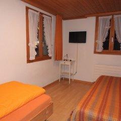 Отель Chalet Weidhaus Ferienwohnung & Zimmer комната для гостей фото 3