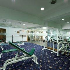 Отель Windsor Suites And Convention Бангкок фитнесс-зал фото 4