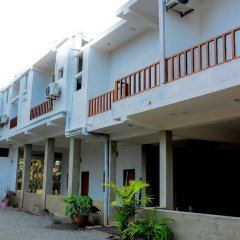 Hotel Star White Negombo парковка