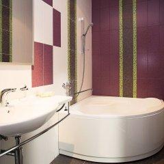 Гостиница Апарт-отель Ривьера в Саратове 1 отзыв об отеле, цены и фото номеров - забронировать гостиницу Апарт-отель Ривьера онлайн Саратов ванная фото 2