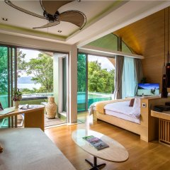 Отель Crest Resort & Pool Villas комната для гостей фото 3
